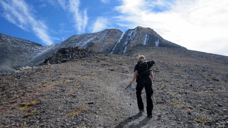 Trekking towards Chicken Out Ridge