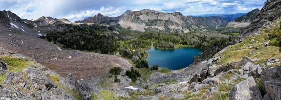 Blue Paradise Lake below as we scramble the plateau