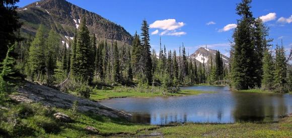 Necklace Lake Backpack