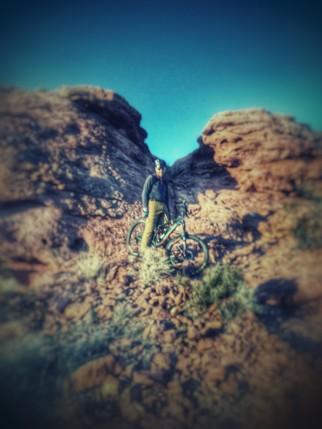 Desert endro pose