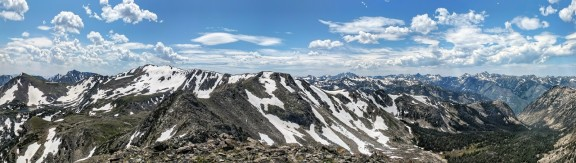 The panoramic view from the tom of West Boulder Plateau.