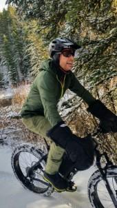 The joy of fat biking ... if one could find joy in winter